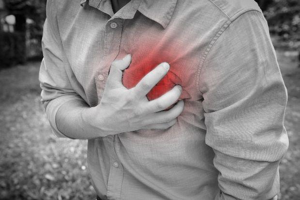 Brust mann geschwollene Geschwollene Brust