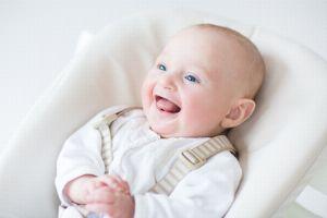 Baby 2 Monate Sabbert