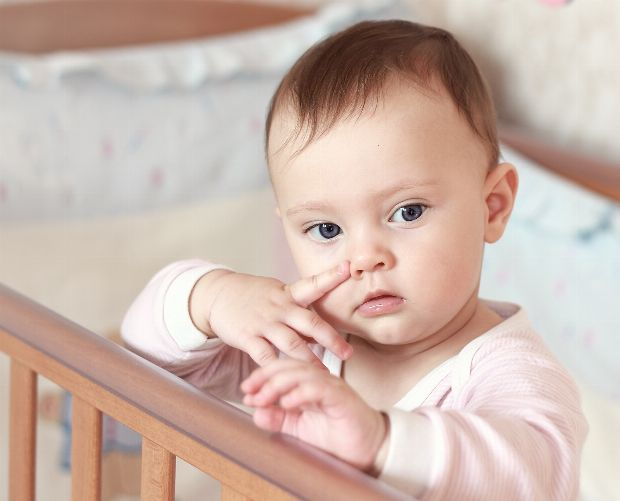 schnupfen bei babys. Black Bedroom Furniture Sets. Home Design Ideas