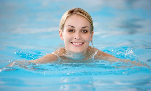 Abnehmen mit schwimmen schlank mit schwimmen for Naturteich zum schwimmen