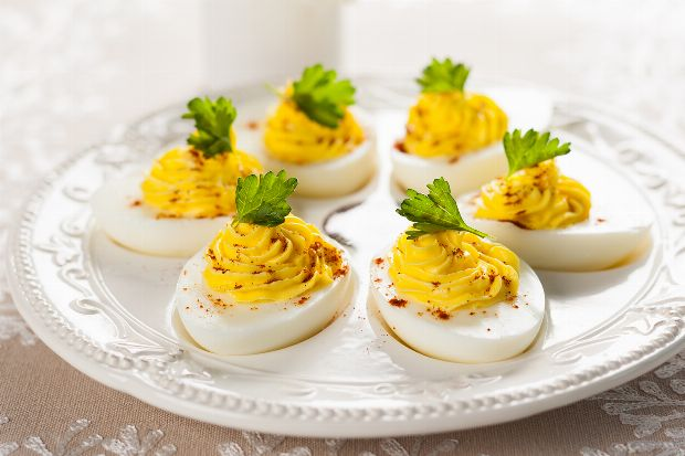 Gef llte eier - Eier dekorieren ...