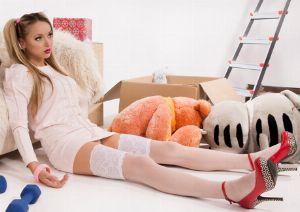gummipuppe benutzen massageöl erotik