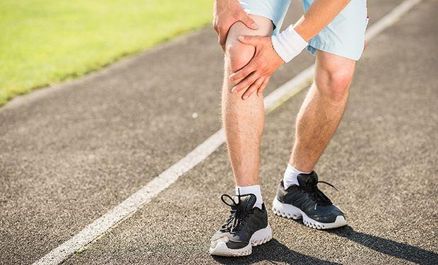 Muskelfaserriss: Symptome, Behandlung und Dauer