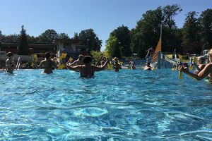 Fit mit Aqua-Power: Effektives Training im Wasser