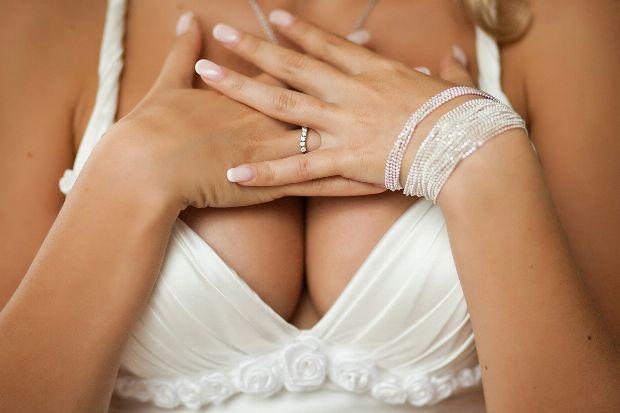 Bei wem bei den russischen Stars silikonowaja die Brust