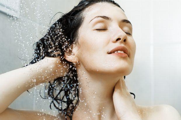 fettige haare in den griff bekommen besten tipps und hausmittel