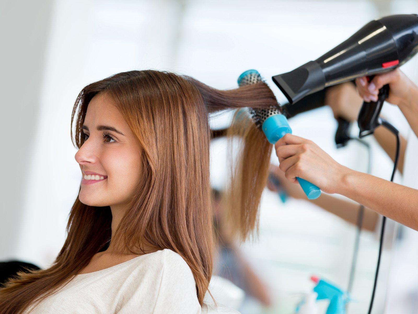 Richtig Haare Föhnen Für Langen Halt Haarpflege